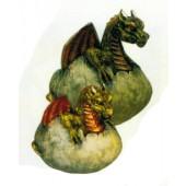 schlüpfendes Drachenbaby