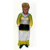 alte Frau als Bedienung mit Tablett klein