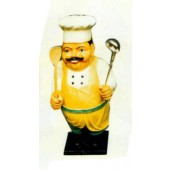 kleiner Koch mit Schnurrbart und Kochutensilien