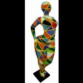 Frau Nanaart stehend geometrisch