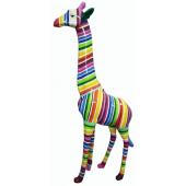Giraffe bunt gestreift