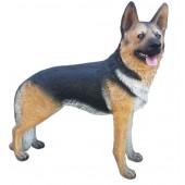 laufender großer Schäferhund