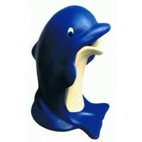 Delfin als Mülleimer