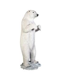 stehender großer Polarbär