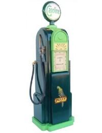 Amerikanische Tankstelle in grün