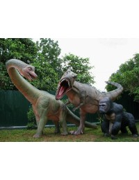 Dinosaurier Brachiosaurus mit Tyrannosaurus und Gorilla