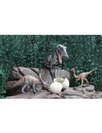Dinosaurier Spinosaurus hinter Bäumen Oberkörper
