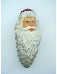 großes Weihnachtsmanngesicht mit Bart als Weihnachtszapfen