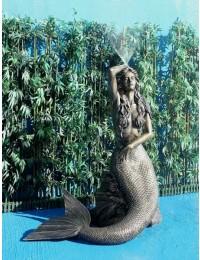 Meerjungfrau Fontäne in Bronze