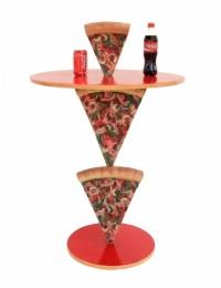 Pizzatisch 2 Pizzastücke mit kleiner Pizza darauf