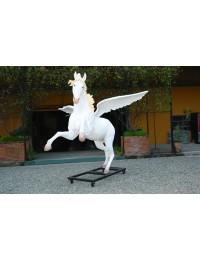 großer weißer Pegasus