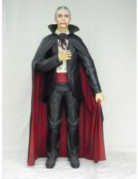 lebensgroßer Dracula