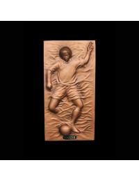 Fußballspieler als bronzefarbende Wandtafel