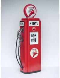 Ethyl Tankstelle als Schrank