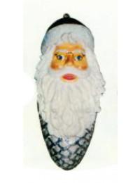 Tannenzapfen mit Weihnachtsmanngesicht