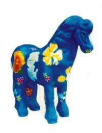 kleines blaues Pony mit Blumenbemalung