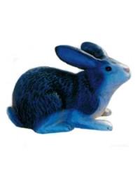 grauer liegender Hase Ostern