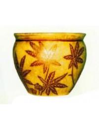beiger Pflanztopf mit brauner Cannabis Musterung