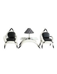 Stierhornsitze und Tisch mit Glasplatte