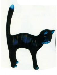 Katze macht Buckel schwarz groß