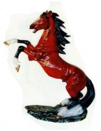 aufbäumendes Pferd braun