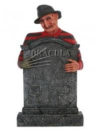 Freddy Krüger Grabstein mit Dracula