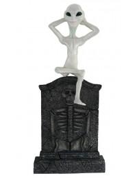 Alien Grabstein mit Skelett