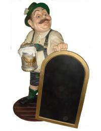 Alois ,bayrischer Wirt mit Tafel