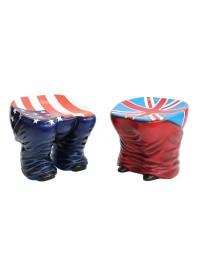 Hocker Hintern mit amerikanischer und britischer Fahne