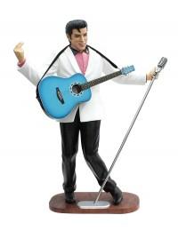Elvis im weißen Jackett, blauer Gitarre und Mikro