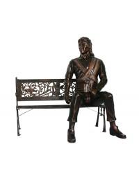 Michael auf Bank Bronze