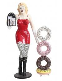 Marilyn mit Menükarte und Donuts
