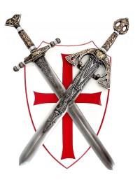 Kreuzritter Schild mit Schwertern davor