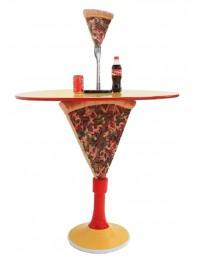 Tisch mit Pizzaständer