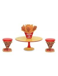 Hühnchen und Pommes Tisch groß mit Pizzahockern