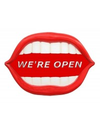 Mund *We are Open* rot
