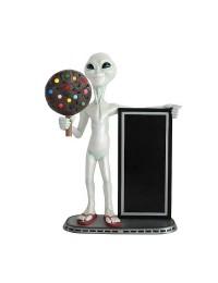 Alien mit Keks dunkel und Angebotstafel