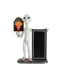 Alien mit Pommes auf Tafel und Angebotstafel