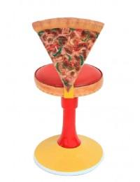 Stuhl mit Pizzastücklehne