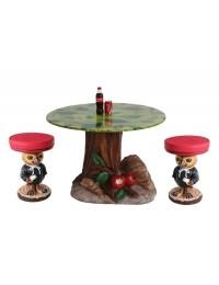 Baumtisch mit Eulenhockern
