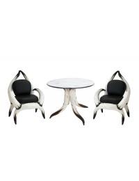 Stierhorntisch und Stierhornsitze