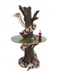 Schlange auf Baumstamm Tisch