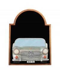 Angebotstafel mit Mercedes Benz Silber