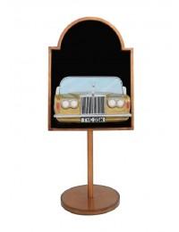 Angebotsschild mit Rolls Royce Gold auf Ständer