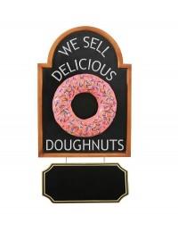 Donut rosa auf Angebotstafel mit Angebotsschild