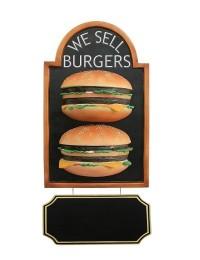 2 Burger auf Angebotstafel mit Angebotsschild