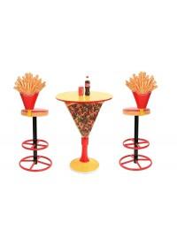 Tisch mit Pizzastückständer und Pommes Barhocker