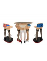 Frauenbeine Tisch mit Frauenbeinen Barhockern