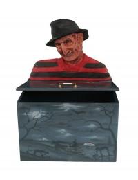 Monster Freddy Krügel Spielzeugkiste
