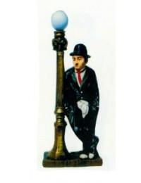 Charlie Chaplin anlehnend an Laterne